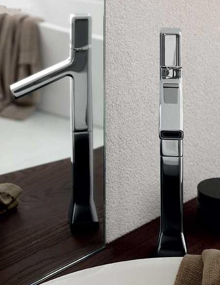zucchetti-faucet-faraway-1.jpg