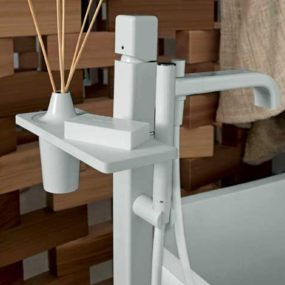 Red Kitchen Faucet By Zucchetti - Colorful-kitchen-faucets-from-zucchetti