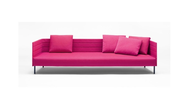 pink-patio-sofa-from-luminaire-3.jpg
