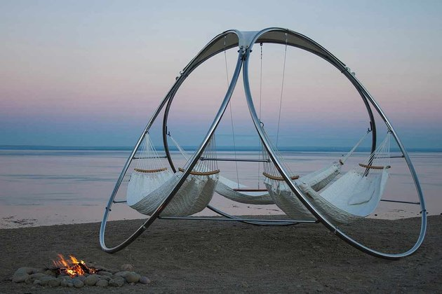 suspended hammock set with table trinity 1 main thumb 630x420 24708 Suspended Hammock Set With Table By Trinity