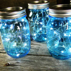 Mason Jar Christmas Centerpiece – 16 Modern Easy DIY Ideas