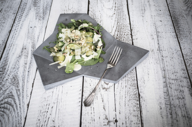concrete tableware for tasty looking meals salad thumb 630x418 15248 Concrete Tableware for Tasty Looking Meals