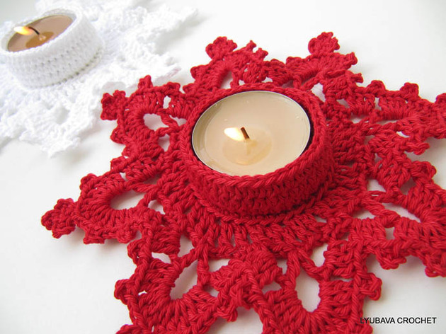 crocheted-christmas-tree-ornaments-3-votif-surround.jpg