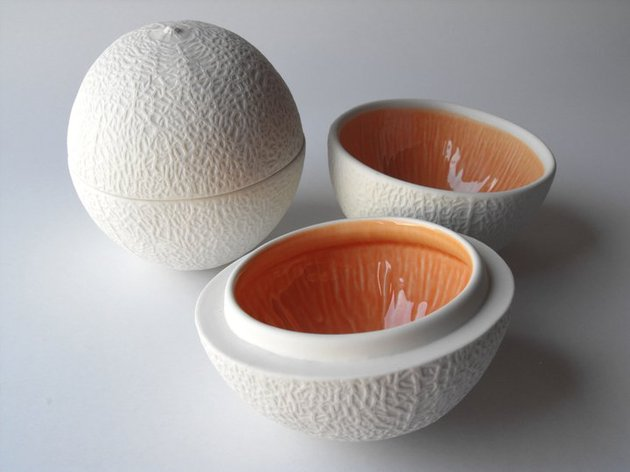 bi-color-fruit-shaped-porcelain-bowls-4.jpg
