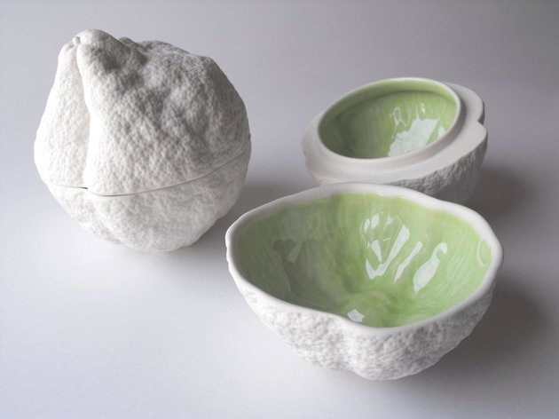 bi-color-fruit-shaped-porcelain-bowls-5.jpg