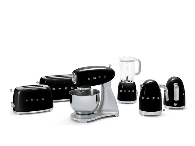smeg small applicances retro look tech upgrade 2 thumb 630xauto 39009 Smeg Small Applicances: Retro Look, Tech Upgrade