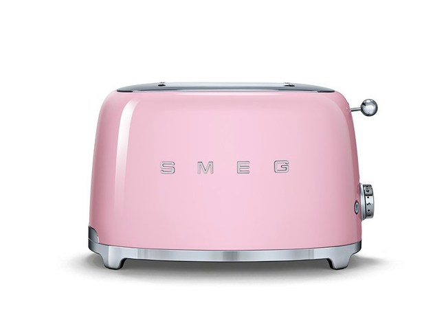smeg-small-applicances-retro-look-tech-upgrade-4.jpg