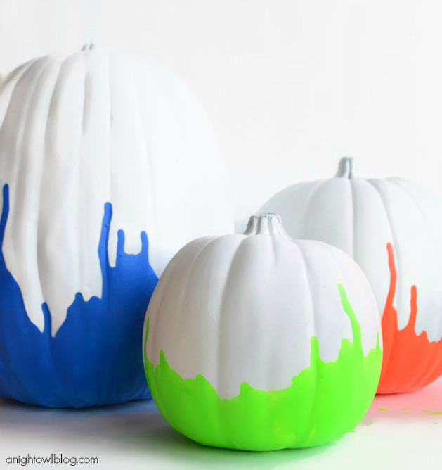 DIY-neon-pumpkin-decorating-ideas-11.jpg