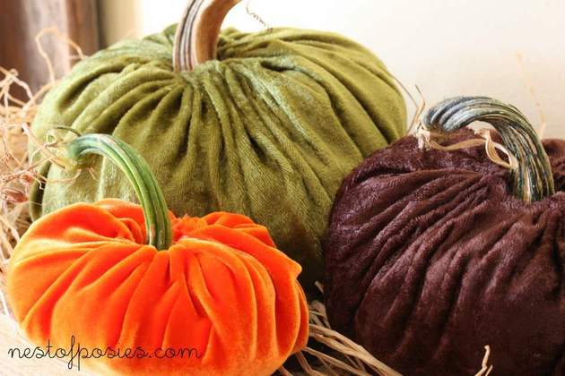 DIY-pumpkin-decorating-ideas-8b-velvet.jpg
