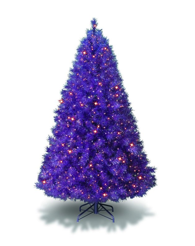 colors-you never -expected-for-a-christmas-tree-5b.jpg