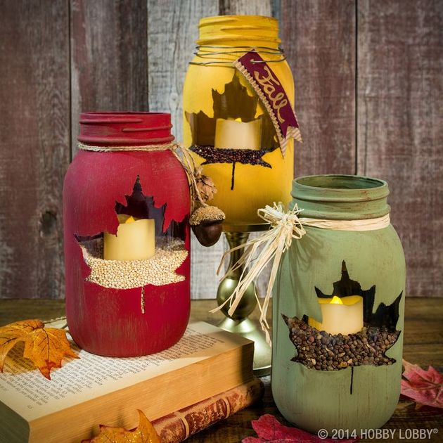 chalk paint and stencil leaf mason jar centerpiece thumb 630xauto 49545 Mason Jar Christmas Centerpiece   16 Modern Easy DIY Ideas