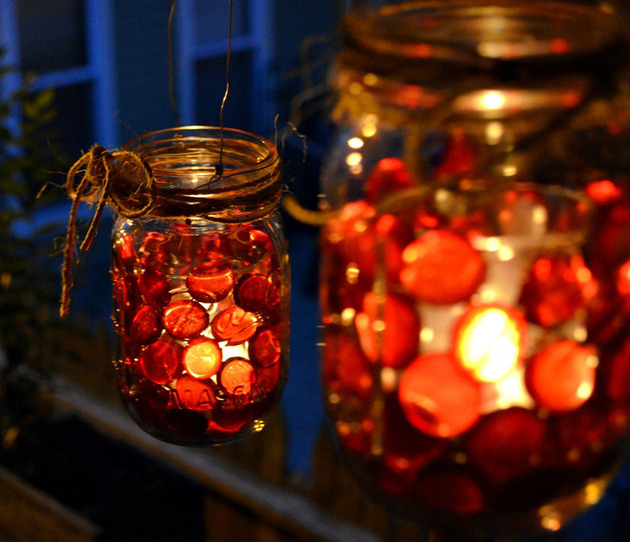 glass beads red mason jar thumb 630xauto 49519 Mason Jar Christmas Centerpiece   16 Modern Easy DIY Ideas