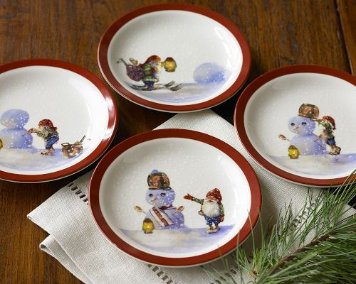 Williams Sonoma Christmas Plates.Christmas Dinnerware From Williams Sonoma Nordic Elf