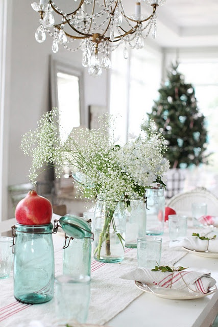 colorful christmas tabletop decor ideas 14
