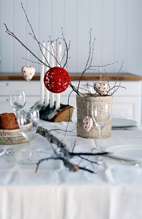 View In Gallery Colorful Christmas Tabletop Decor Ideas 5 Jpg