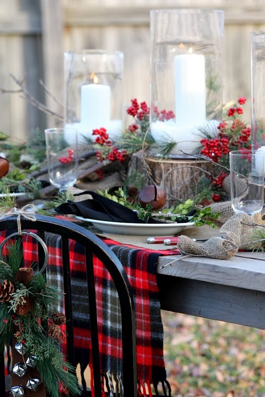 colorful-christmas-tabletop-decor-ideas-8.jpg