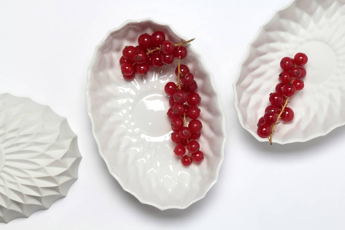 Elegant White Porcelain Bowls for Your Tabletop