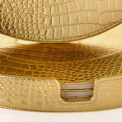gold crocodile charger plates detail Gold Crocodile Charger Plates by Colin Cowie