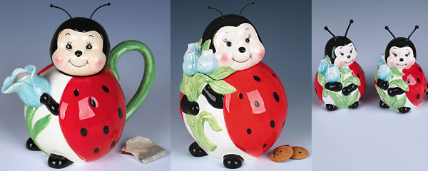 ladybug tableware teapot Ladybug Tableware: teapot, cookie jar, salt and pepper shakers