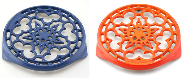 le-creuset-cast-iron-trivet-blue-orange.jpg