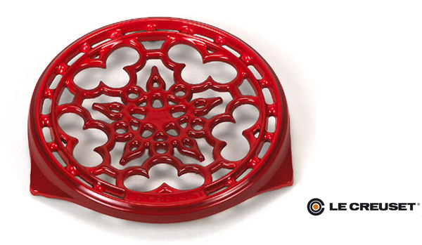 le creuset cast iron trivet Metal Trivet for your Holiday Season