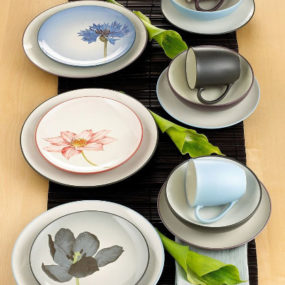 Casual Dinnerware Set – luxury Noritake Colorwave dinnerware