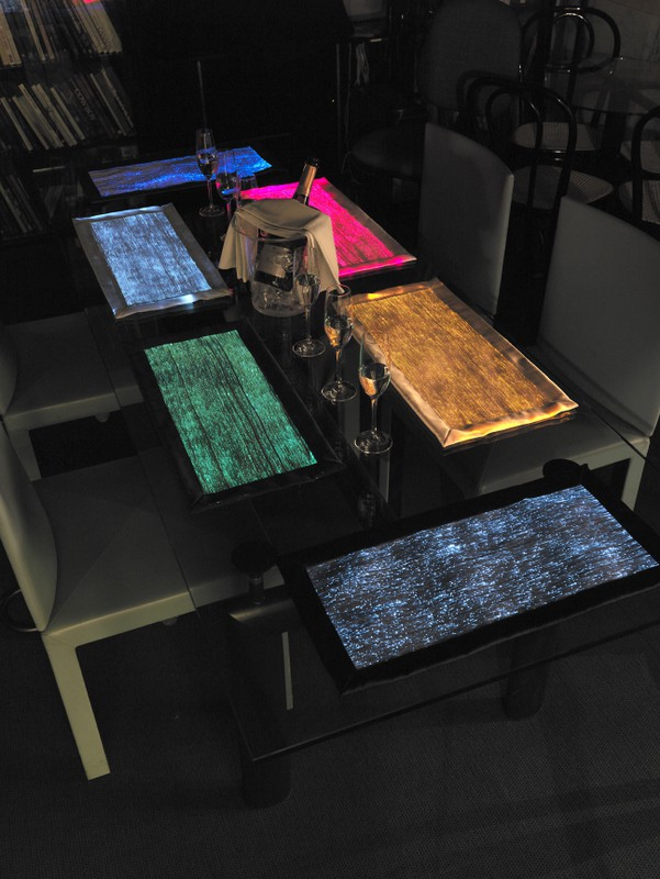 special fabrics for special atmospheres by il filo dei sogni 2 Fiber Optic Table Runners for Special Atmospheres: DreamLux