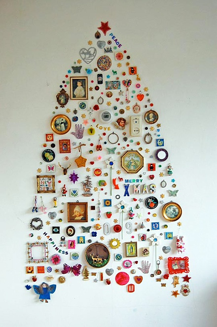 wall-christmas-tree-ideas-11.jpg