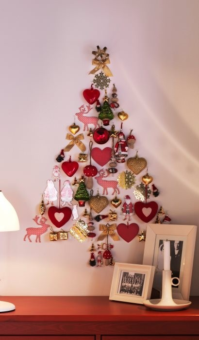 wall-christmas-tree-ideas-12.jpg