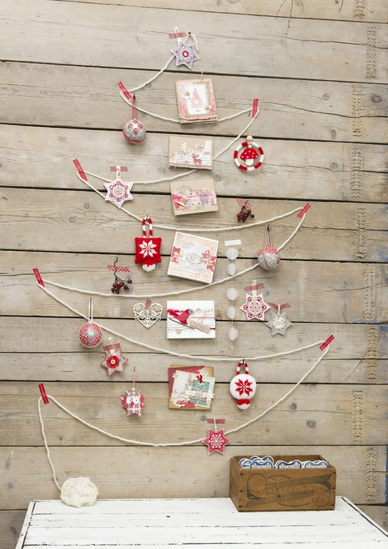 wall-christmas-tree-ideas-15.jpg