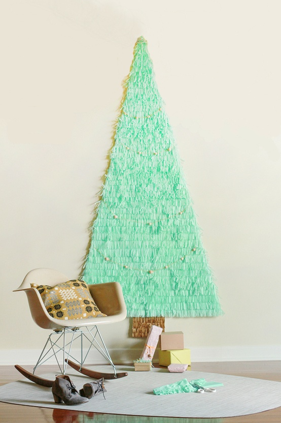 wall-christmas-tree-ideas-18.jpg