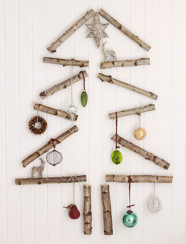 wall-christmas-tree-ideas-7.jpg