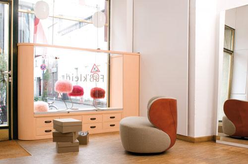 elegant-armchair-bao-walter-knoll-5.jpg