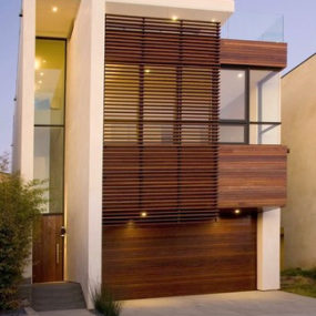 Contemporary Home Design in Manhattan Beach – three-story home with an elevator