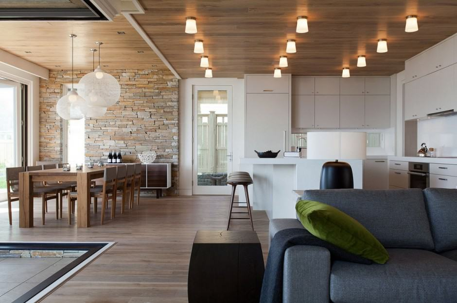 Lakeside Vacation Home Combines Natural Materials With Modern Living