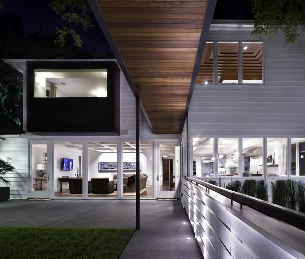 1940s Texan Home Has Restored Facade And Contemporary Details