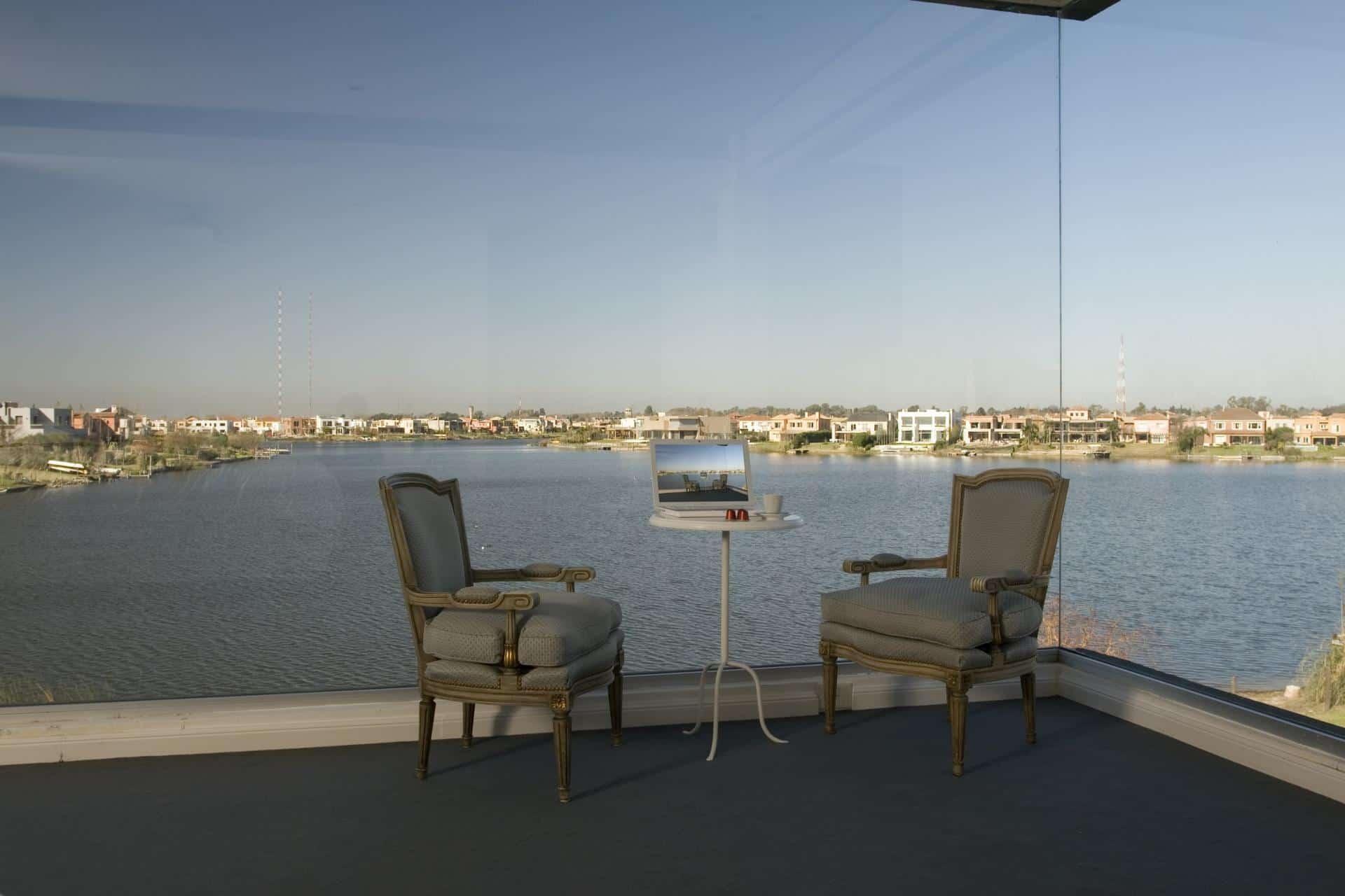 Lakeside Black House has Views – Pools – Glass Bridge