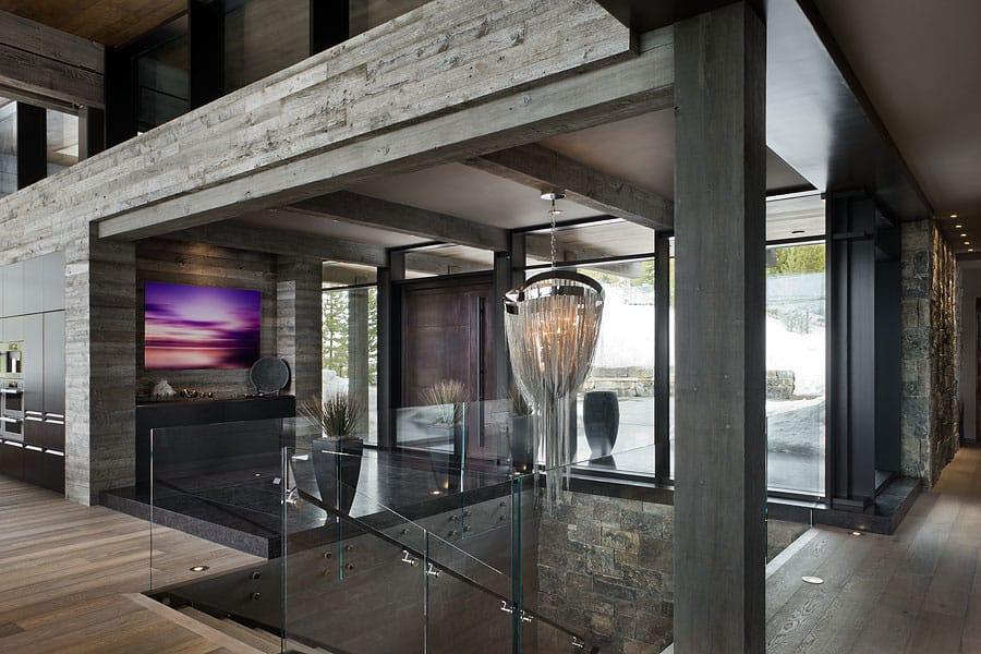 Foyer Art Zone : Luxury ski residence in montana