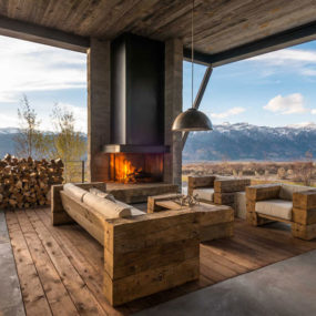 Home on the Range full of Modern Imagination