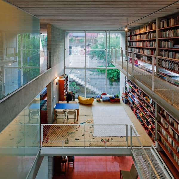 3-storey-wall-books-creates-privacy-contemporary-home -10-street-view.jpg