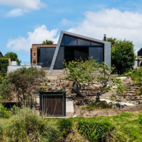 Contemporary Renovation of a Time-worn House