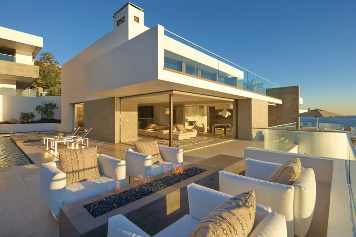 Beautiful family beach house with stunning views - X shaped house plans stunning views ...