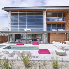 BBS Panel Home with Poolside Terrace that Borders Beach