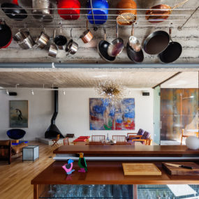 Beautifully Decorated Home to Live and Work In