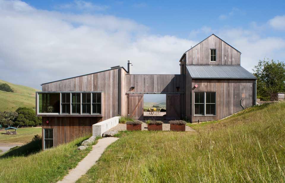 Farmhouse Homes Ideas - Trendir