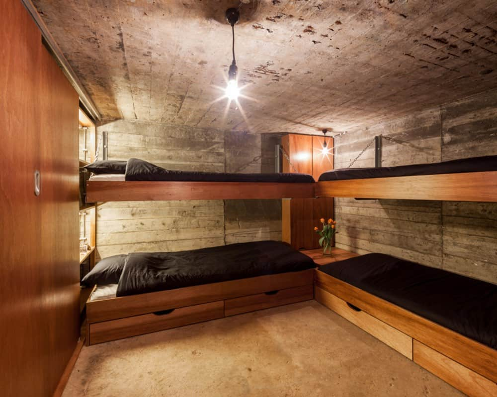 Tiny war bunker makes unique underground home for Fallout 4 bedroom ideas
