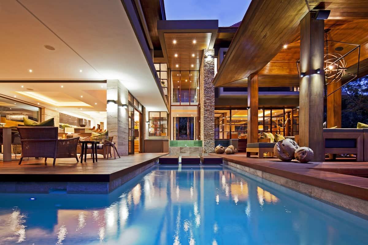 Tuscan Style Backyards