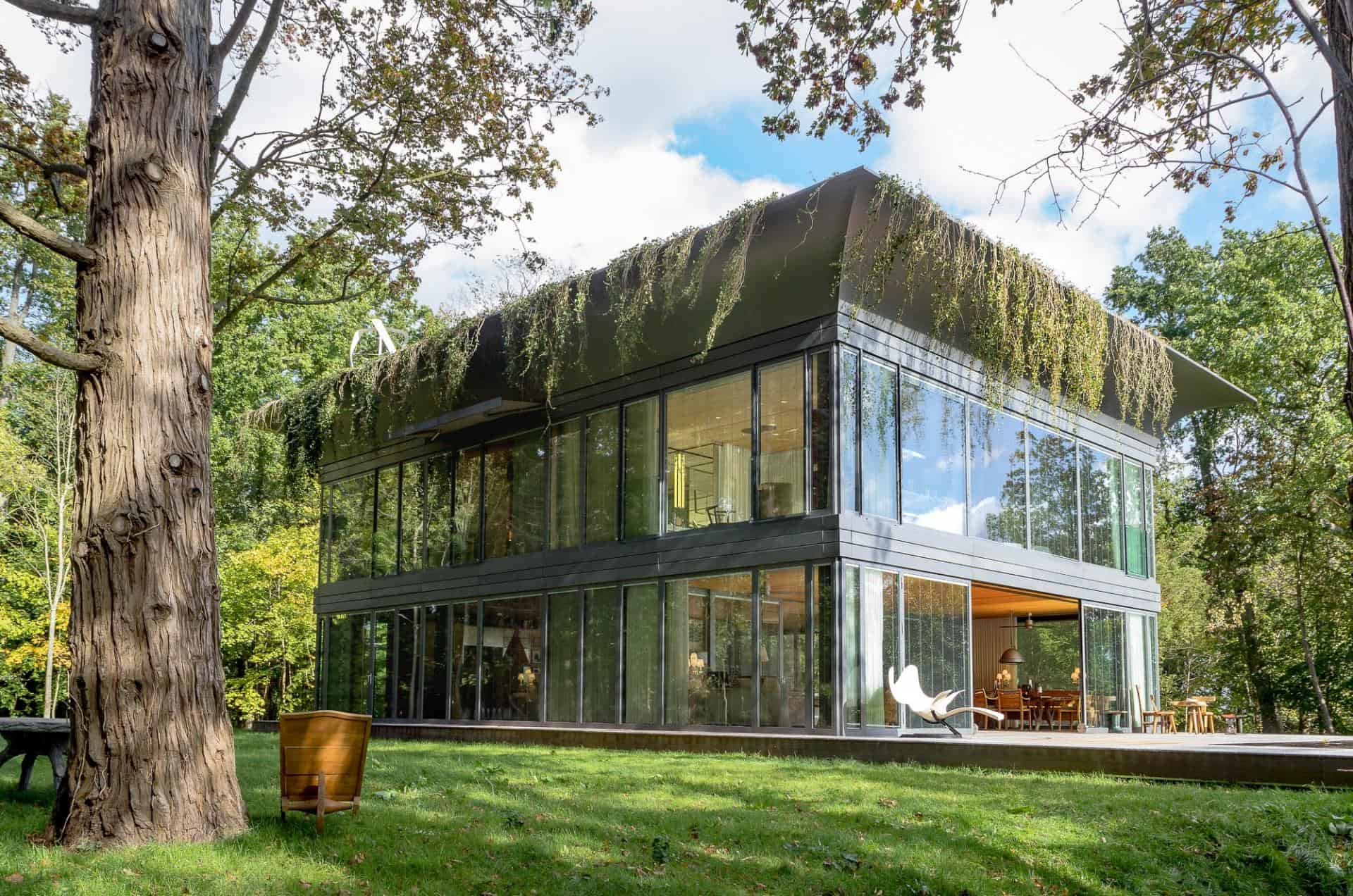 Prefabricated Positive Energy Homes by Philippe Starck and Riko