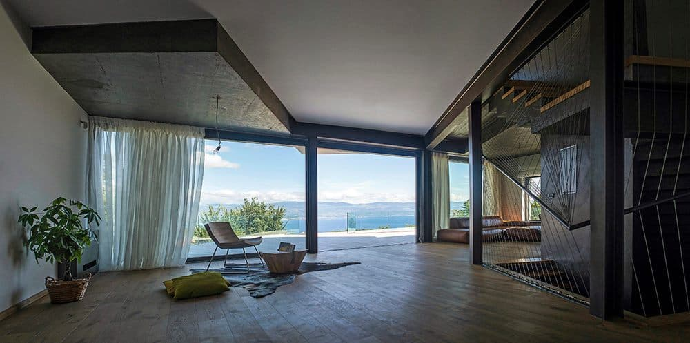 View In Gallery Spectacular Summer House Hilltop 7