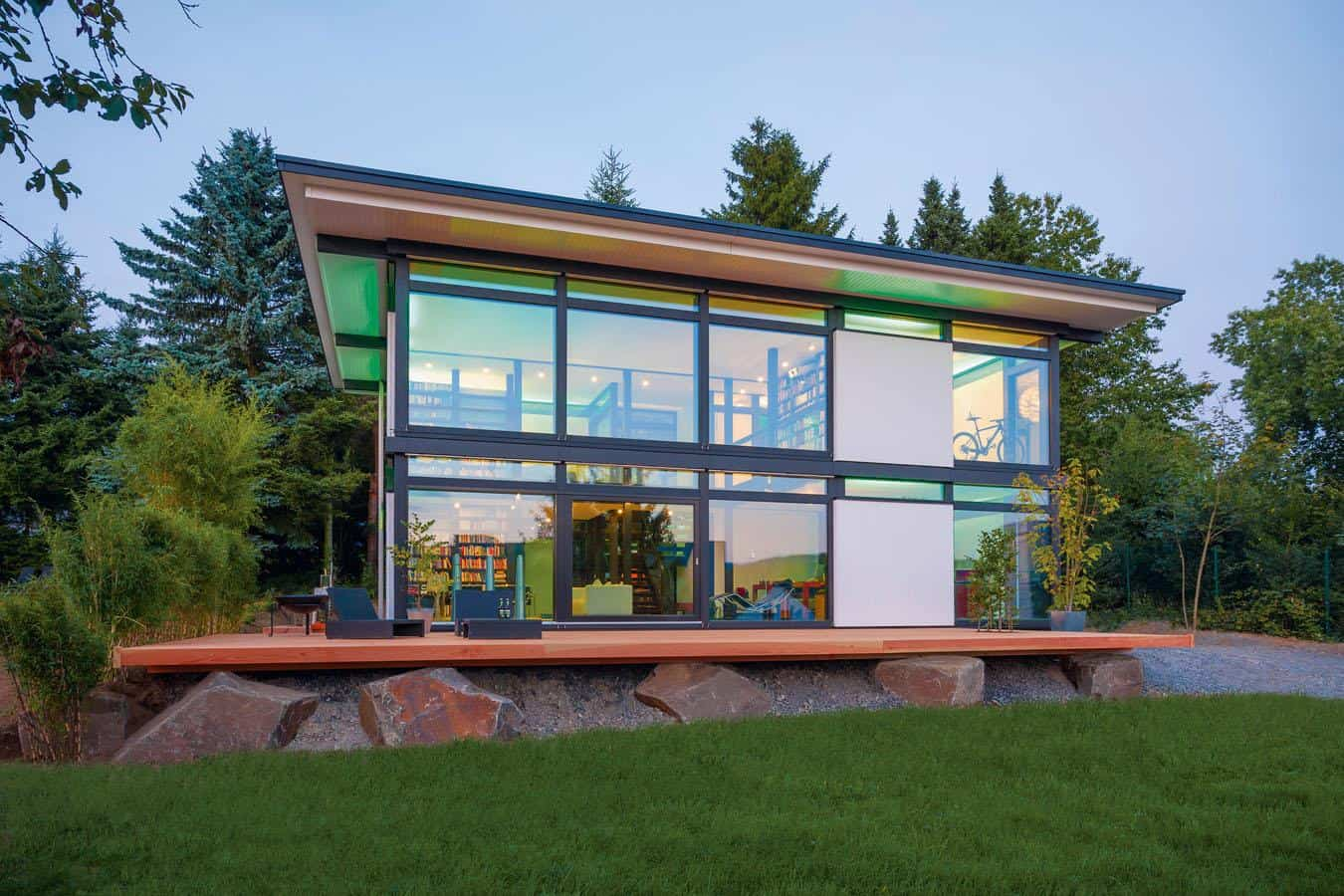 Huf haus modum new prefab house concept for intelligent for Prefabricated homes seattle